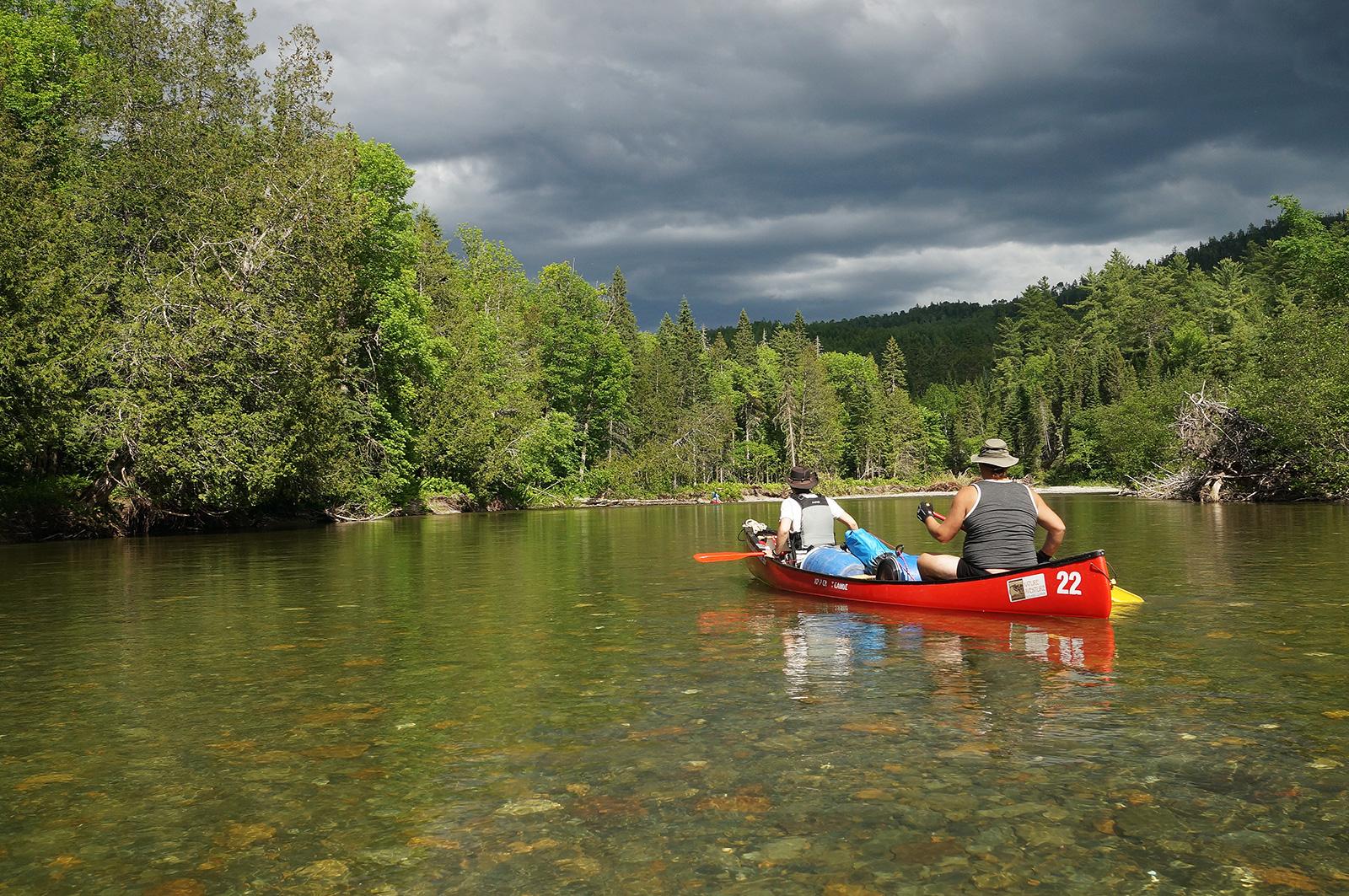 Canot-Camping sur la riviere Upsalquitch